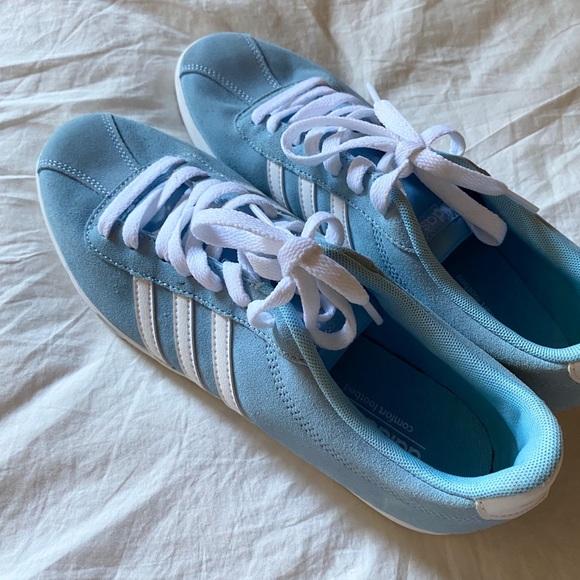 Women's - Adidas NEO Courtset Sneaker - Light Blue